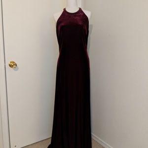 NWOT Reggio Deep Red/Burgundy Velvet Gown